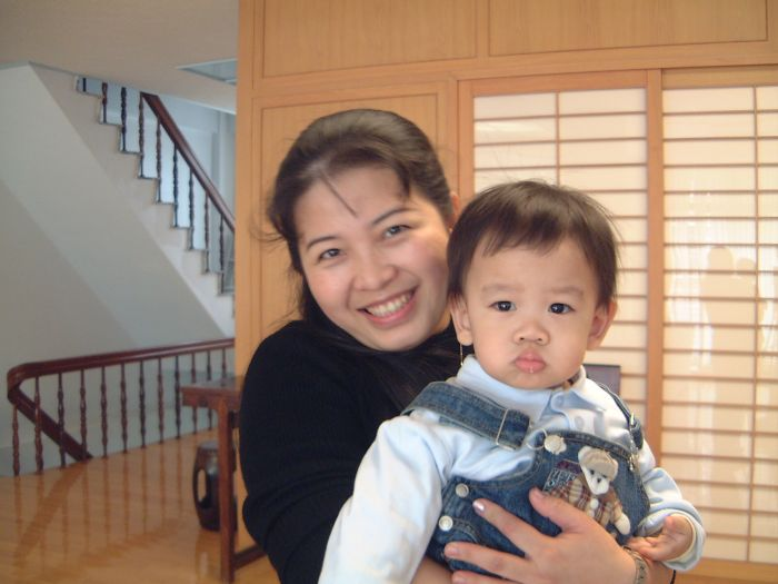 Mother May Ling and son Hong Shin
