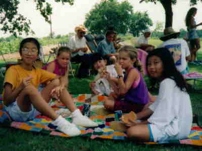 Some of our rent-a-kids that we took picnicin'